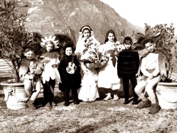 Ecomuseo Val Sanagra - 1950-60 - Bambini al Carnevà