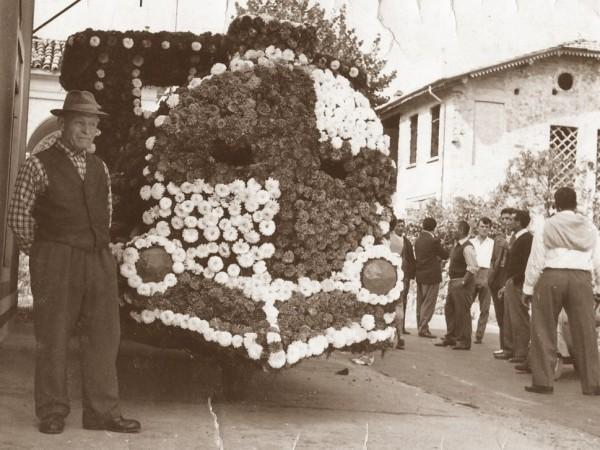 Ecomuseo Val Sanagra - 1950-60 - Festa dei Fiori. Sfilate floreali