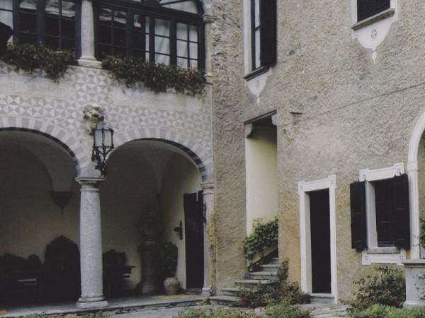 Ecomuseo Val Sanagra - Villa Bagatti Valsecchi - facciata in pietra locale 02